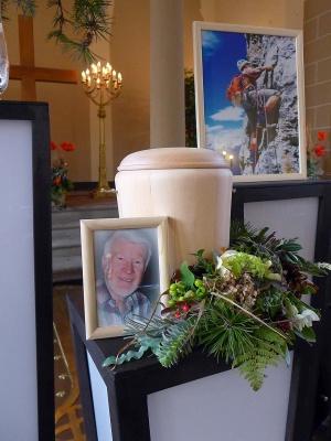 trauerfeier_nur_urne_1802_2154 Bestattungen Dunker | Bestattung & Trauerfeier