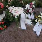 l_p1080902 Bestattungen Dunker - Kondolenzbücher - Regina Streller
