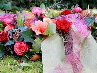 blumenschmuck_1211_9300 Bestattungen Dunker | Bestattung & Trauerfeier