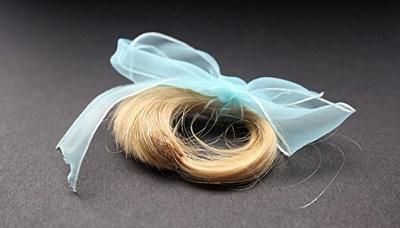 Die Haarlocke