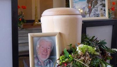 Feier mit Urne - ohne unmittelbarer Beisetzung